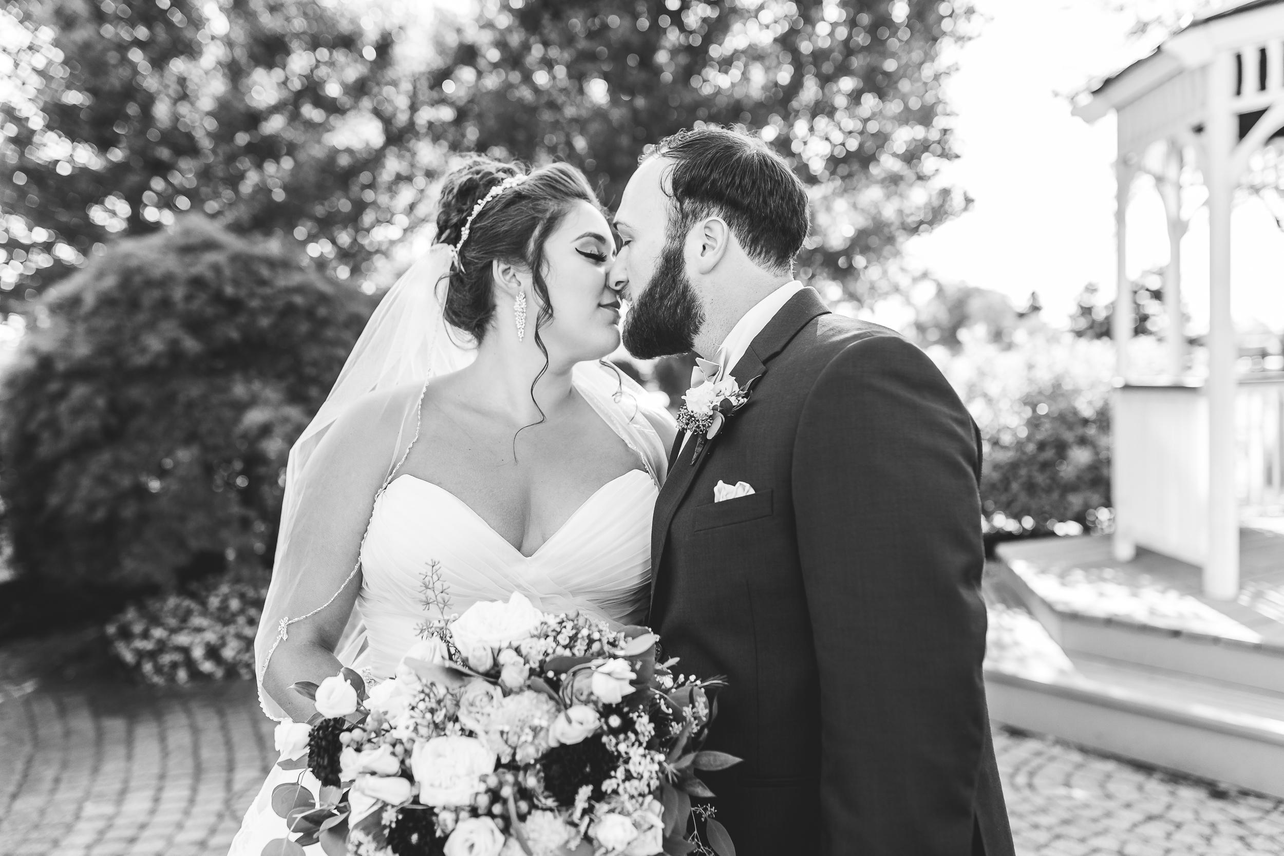 kandra-lynn-photography-laurel-manor-wedding-61